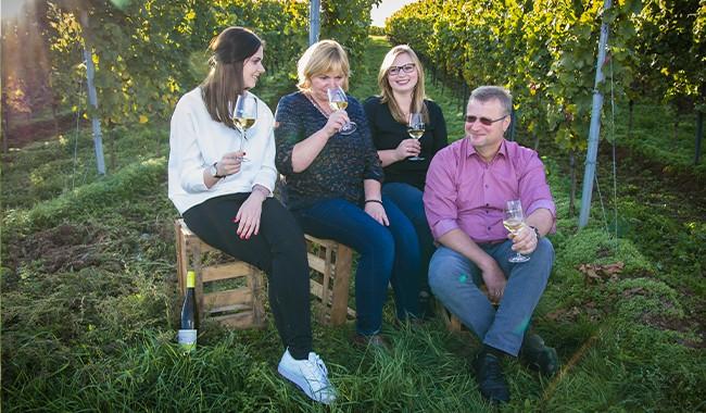 Weingut Kopp – Sternenfelserhof – Mitglied bei Wein vom Roten Hang e.V.